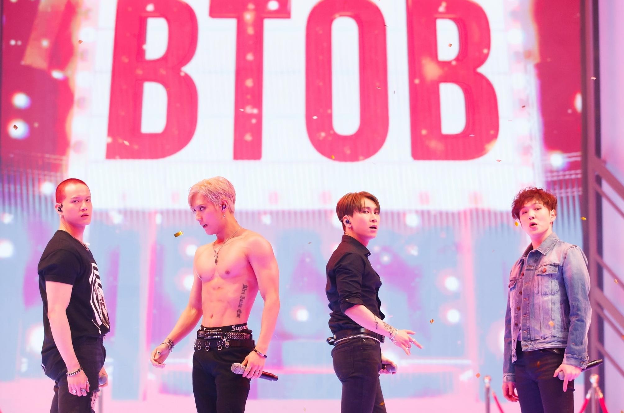 KINGDOM Precisamos falar da performance do BTOB - Imagem/Reprodução: Mnet